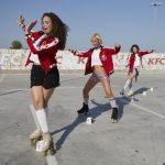 KFC lanza «Pollo pollo», campaña de relanzamiento de marca con dommo