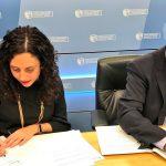 La Directora de Kontsumobide, Nora Abete, firma Convenio con Autocontrol
