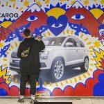 ŠKODA convierte las vallas del nuevo Karoq en proyecto artístico con Proximity Barcelona y PhD