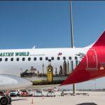 Presentado el avión de Iberia de los Aceites de Oliva vinilado con la imagen de la iniciativa Olive Oil World Tour.