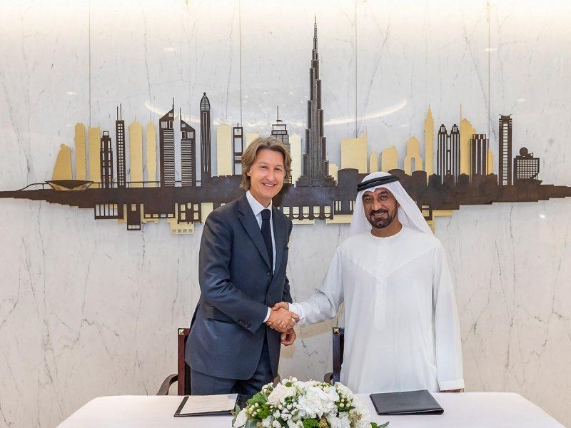 Jean Charles, JCDecaux , aeropuerto internacional, Dubai International, programapublicidad muy grande