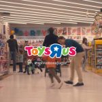 """Toys """"R"""" Us vuelve a  televisión con LOLA MullenLowe"""