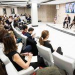 La presencia de mujeres directivas disminuye en puestos más altos. en el sector de la Comunicación