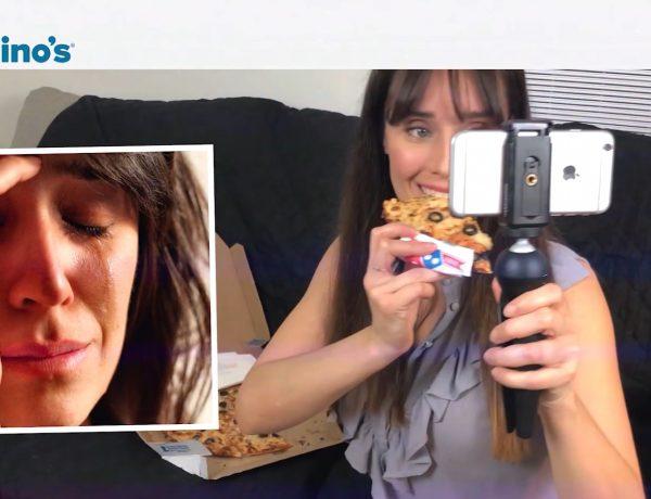 madre, sonrie, dominos, grey, pizza, , feliz, meme, programapublicidad, muy grande