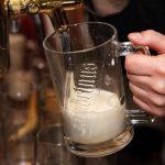 Nielsen: Los bares duplican su negocio en los días de fútbol entre semana