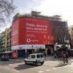 Campaña exterior #eltronoesnuestro de Vodafone  con Wavemaker