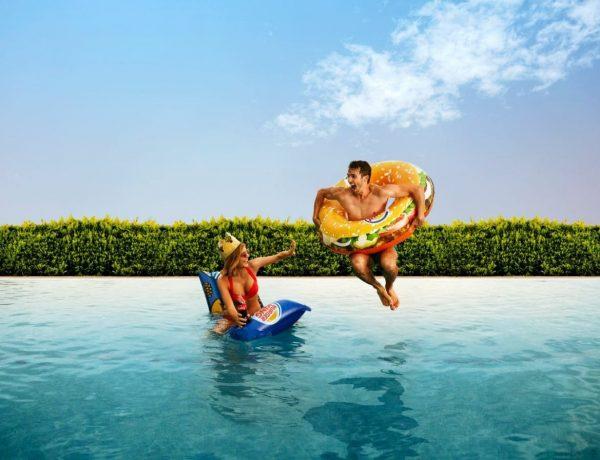 Burger King España, verano , refrescante , campaña , publicidad , iniciativa , incluye , canción , grupo musical , pop Cariño, creada , #hashtags , programapublicidad,