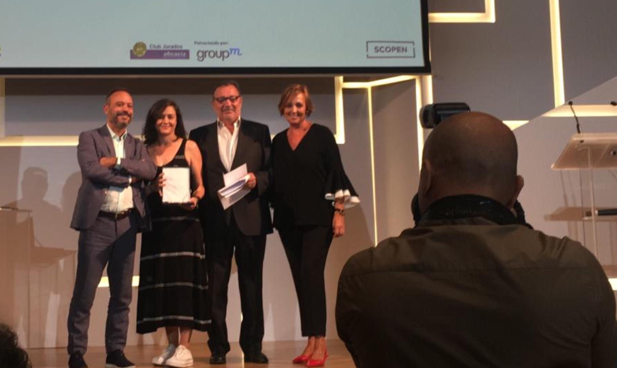 https://www.programapublicidad.com/wp-content/uploads/2019/09/Premio-juradoseficacia-trayectoria-sub-41-Xisela-López-Sra.-Rushmore-programapublicidad-muy-grande.jpg