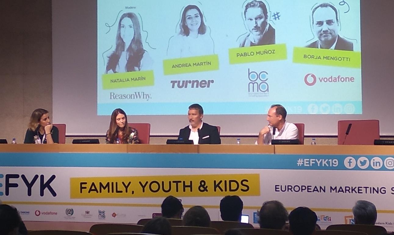 https://www.programapublicidad.com/wp-content/uploads/2019/10/Pablo-muñoz-fcBfire-borja-mengotti-andrea-martín-turner-BRANDED-CONTENT-HERRAMIENTA-TOP-OF-MIND-PÚBLICO-INFANTIL-ADOLESCENTE-impacto-marcas-programapublicidad-muy-grande.jpg