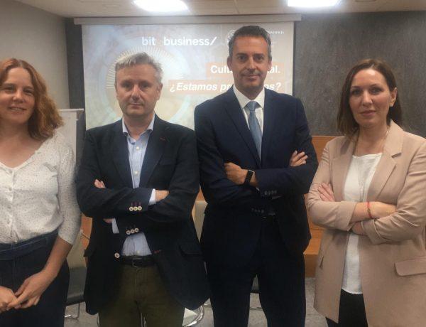 charla, UPSA. agélica, morgades,Eduardo Vázquez, socio fundador de bitandbusiness, programapublicidad,