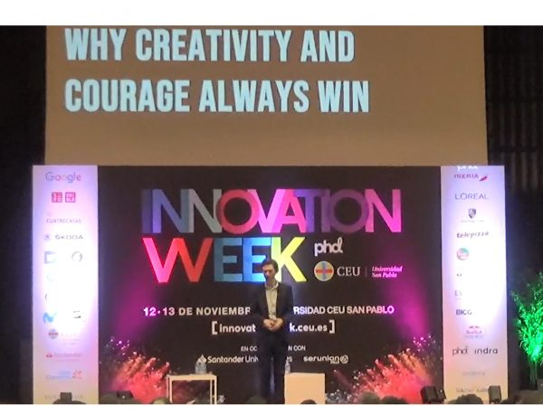 Malcolm Devoy, Director Estrategia , PHD EMEA, sobre , Purposeful Innovation, Why Creativity and Courage , Always Win , INNOVATION WEEK, programapublicidad