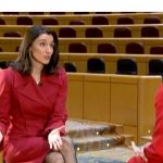 Telefonica gana concurso de 590.850 euros de distribución de televisión del Senado.