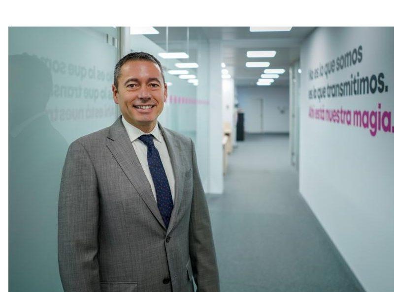 Ricardo Palacios , Director , Ventas , Mobiliario Urbano, Centros Comerciales , Aparcamientos , Exterior Plus., programapublicidad