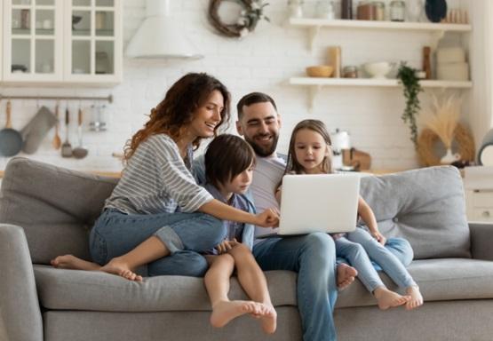 familia, salon, eurona, programapublicidad