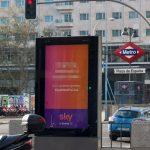 Sky lanza una campaña en exterior para que nadie la vea