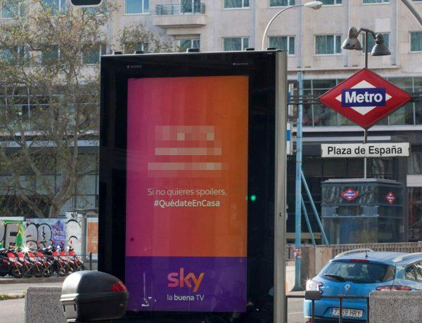 sky, #QuedateEnCasa, spoilers, mrquesinas, mupis, exterior, programapublicidad