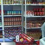 La compra se centra en reposición de productos y papel higiénico.