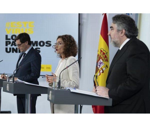 portavoz del Gobierno, María Jesús Montero, el ministro de Sanidad, Salvador Illa, y el ministro de Cultura y Deporte, José Manuel Rodríguez Uribes,, programapublicidad