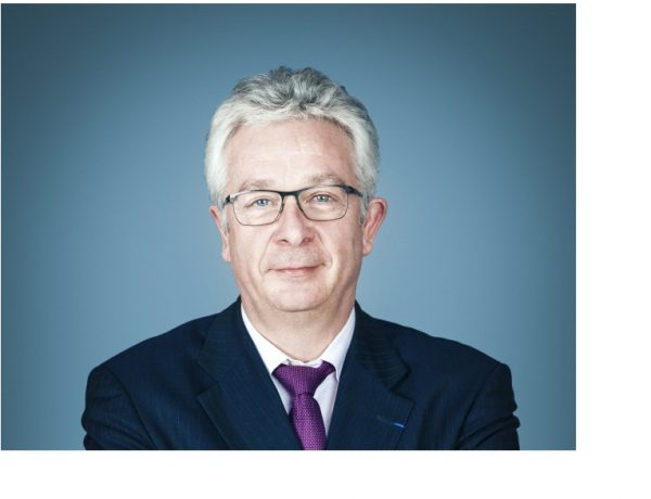 Hervé Philippe , Vivendi, havas, programapublicidad
