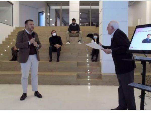 Íñigo Osoro, Vice President & Chief Marketing Officer en IBM , XIII edición , Premios MKT , abre ,candidaturas, enrique arribas, victor ,conde, programapublicidad