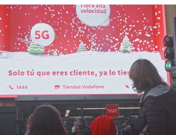 Vodafone, Sra. Rushmore ,Ymedia , campaña , 3D ,Callao City Lights, programapublicidad
