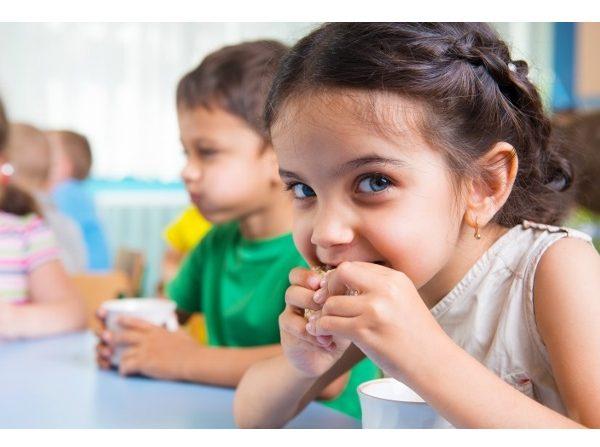 Danone, DKV , Trilema ,unen ,contra ,obesidad infantil, programapublicidad