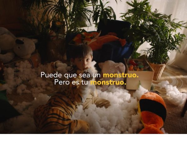 """Se trata de la primera colaboración de Pascual con El Ruso de Rocky y se compone de dos piezas audiovisuales, """"Cowgirl"""" y """"Tigre"""""""