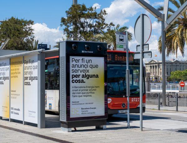 purificador aire , Barcelona Energia ,primer anuncio , mobiliario urbano , purifica el aire, clear channel., barcelona, programapublicidad