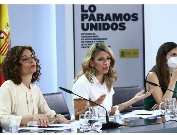 Ministra de Trabajo , Yolanda Díaz, ministra de Hacienda ,portavoz , Gobierno, María Jesús Montero, Ione Belarra, ,programapublicidad