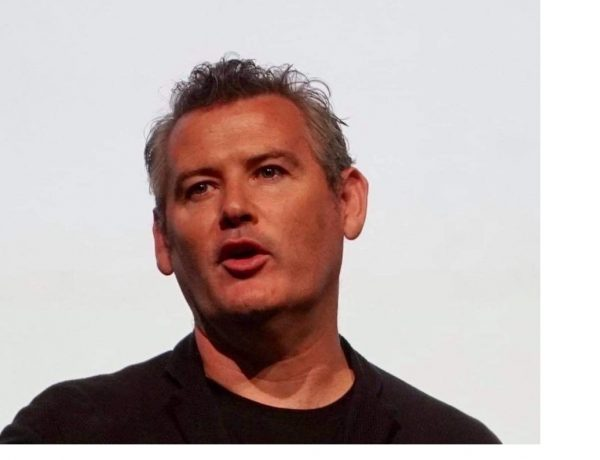 Director creativo ,Facebook, Mark DArcy, programapublicidad