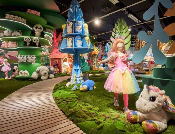 El Corte Inglés ,crea ,showroom ,experiencial ,presenta, marca propia ,juguetes , programapublicidad