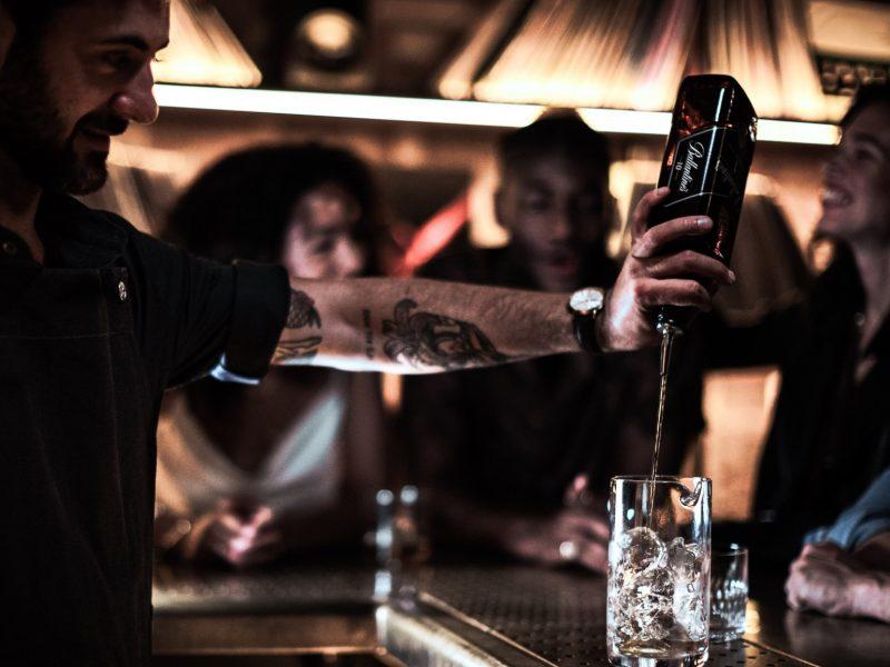 Pernod Ricard, España ,rinde ,homenaje ,bares, restaurantes , locales de ocio , Gracias, #HOSTELHEROES, programapublicidad